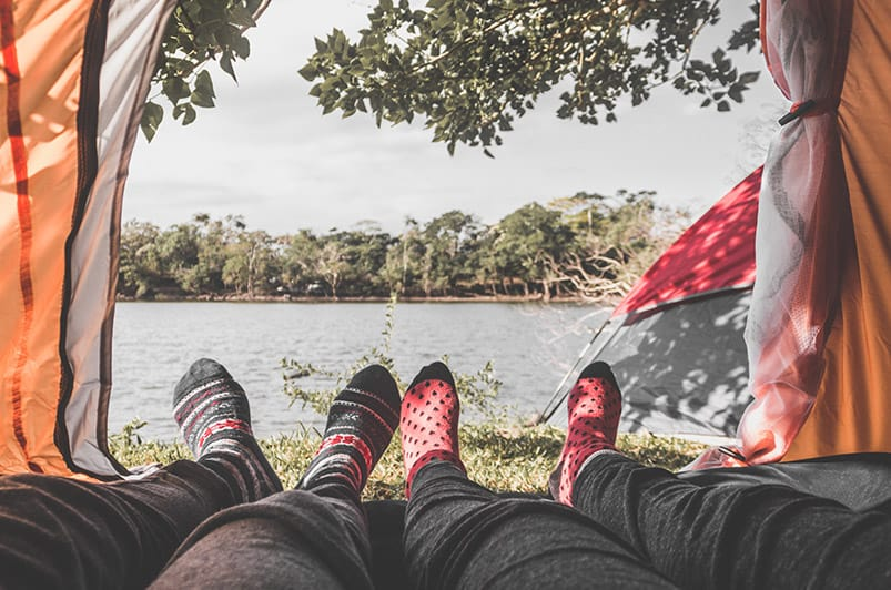 Camping for Couples – How to Turn Your Next Camping Trip into a Romantic Getaway (2)
