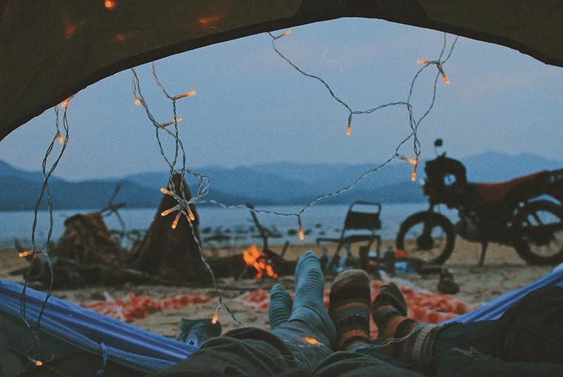 Camping for Couples – How to Turn Your Next Camping Trip into a Romantic Getaway (4)